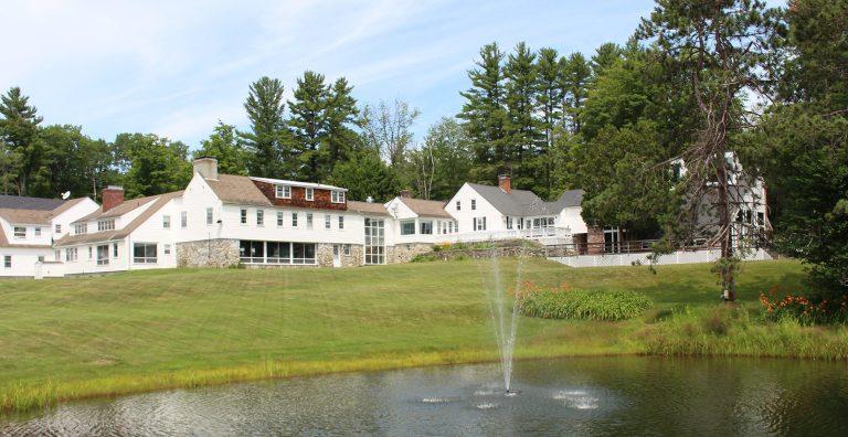 New Hampshire Mountain Inn Wilmot NH 768x396