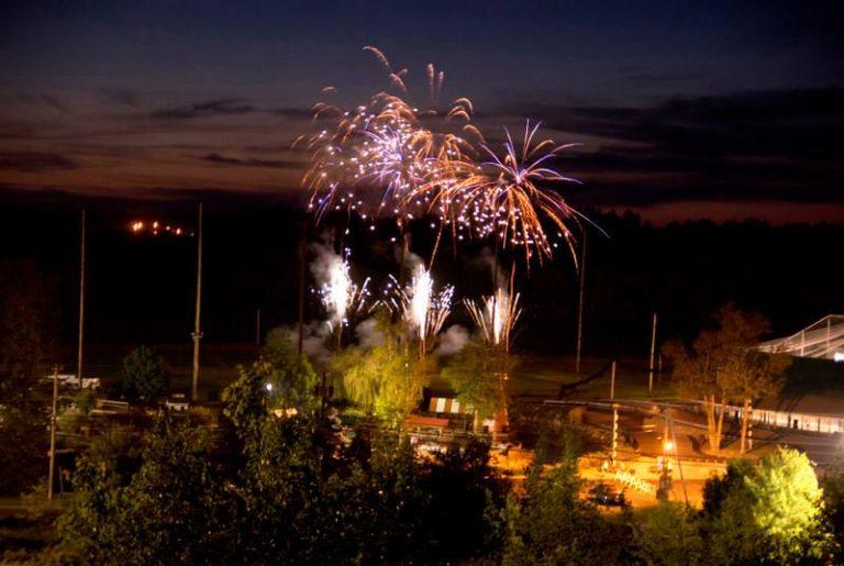 fireworks 768x515